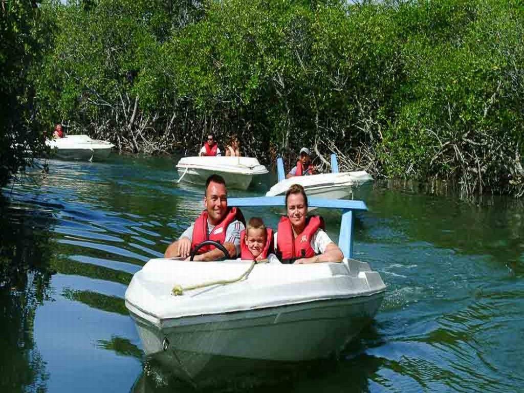 james bond speedboats punta cana